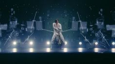 野田洋次郎(RADWIMPS)のソロプロジェクト、illion × SPACE SHOWER TVとのコラボによるステーションIDを公開!Aimerがゲストコーラスで参加した新曲「Told U So」をフィーチャーした、最新テクノロジーによる新感覚の映像が完成!  世界初の最新ホログラム投影装置を有するDMM…