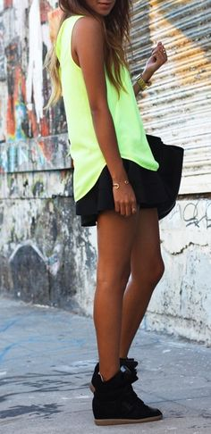 I really like this outfit, so cute!! :)