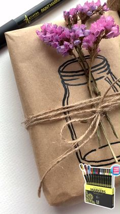 Creative Gift Wrapping, Creative Gifts, Wrapping Gifts, Gift Wrapping Ideas For Birthdays, Creative Gift Packaging, Creative Cards, Craft Gifts, Diy Gifts, Easy Handmade Gifts