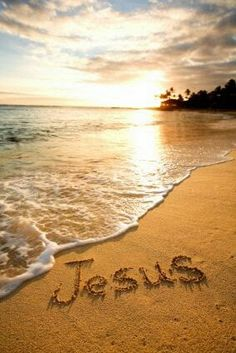 I love Jesus!😍😊☺🌞🌅🌊 shared by on We Heart It - Image discovered by Dorina Dobrádi. Find images and videos about beach, sun and sea on We Heart It - Jesus Rettet, Jesus Is Lord, I Love Jesus, Jesus Help, Good Night Quotes, Image Jesus, Jesus Wallpaper, Cross Wallpaper, Saint Esprit