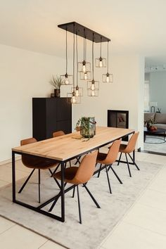 Dining Room Inspiration, Home Decor Inspiration, Decor Ideas, Interior Design Inspiration, Dining Room Design, Dining Area, Small Dining, Modern Dining Room Chairs, Foyer Design