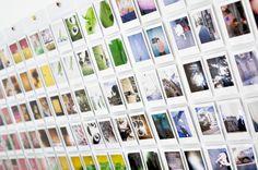 Porta Retratos Mural Instax Wall Pocket - Sua decoração nova, assim, instantaneamente! :)  O Porta Retratos Wall Pocket vai ajudar você a decorar o seu ambiente com o que há de mais bonito...os seus momentos. Ele é diferente e muito fácil de usar. Com um simples ganchinho na parede ou em qualquer lugar que sua criatividade mandar, basta pendurá-lo e ir completando com suas fotos instantâneas. São 10 janelas, que podem ser utilizadas frente e verso, nas medidas exatas para suas fotos mini…