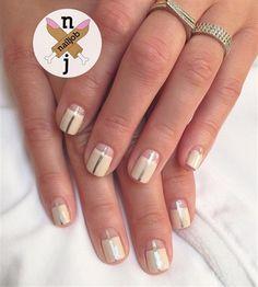 Nails by Fariha Ali for Maria Menounos. Image via @nailjob. DID IT 12/15