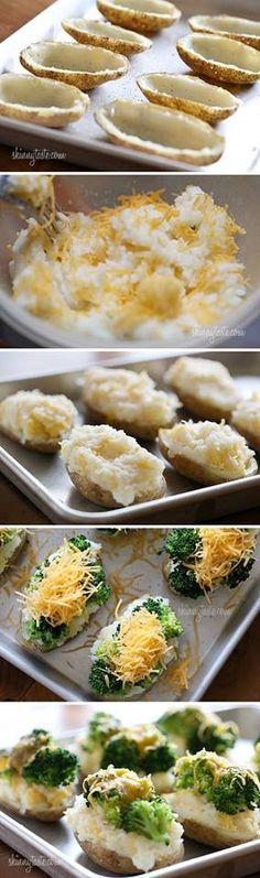 Batata recheada com brócolis e queijo.