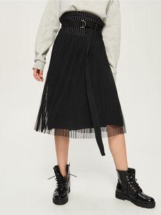 0906d6397bb Плиссированная тюлевая юбка - черный - TX955-99X - Sinsay - 1