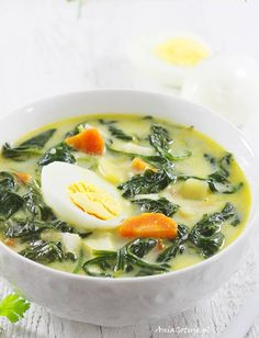 Zupy in 2020 Fruit Recipes, Soup Recipes, Cooking Recipes, Healthy Recipes, Spinach Soup, Going Vegetarian, Felt Food, Yummy Snacks, Healthy Cooking