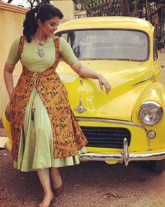 Flattering Kalamkari Dresses from Rekha's Couture Kurta Designs Women, Kurti Neck Designs, Dress Neck Designs, Salwar Designs, Kurti Designs Party Wear, Designs For Dresses, Blouse Designs, Kalamkari Designs, Frock Models