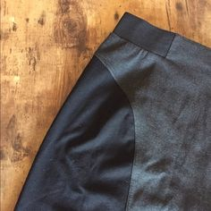 HPMichael Kors skirt ! This skirt is the perfect addition to anyone's wardrobe. So easy to dress it up or down. Size 8 but will stretch a little. Very good condition only worn once Michael Kors Skirts