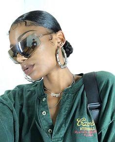 Black Girl Aesthetic, Black Barbie, Foto Pose, Black Girls Hairstyles, Look Fashion, Fashion 2020, Spring Fashion, Black Girl Magic, Style