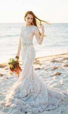 beach ruffles mermaid wedding dress_cr / http://www.deerpearlflowers.com/beach-wedding-dresses-with-gorgeous-details/