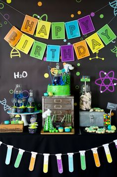 Science Experiment Party Themed Table by SunshineParties #SciencePartyPrintables #SciencePartyIdeas