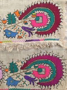 Antique Ottoman-Turkish Silk & Gold Metallic Hand Embroidery On Linen N5 3