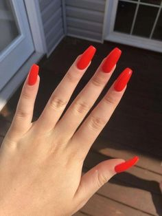 Easynaildesigns ongles en gel orange, long red nails, red gel nails, cute r Long Red Nails, Red Gel Nails, Red Acrylic Nails, Acrylic Nail Designs, Nail Art Designs, Nails Design, Winter Acrylic Nails, Coffin Acrylics, Red Summer Nails
