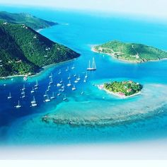 It is always paradise here! #yachtcharter #bviyacht #yachting #yachtclub #bvi #travle #caribbean #boatbroker
