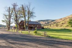 Unleash Your Inner Cowboy At Wilson Ranches Retreat, An Oregon Dude Ranch Bed And Breakfast Oregon, Ranch Vacations, Painted Hills, Cascade Mountains, Oregon Trail, Ranch Life, Stay The Night, Beautiful Landscapes, Invites