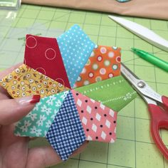Bee In My Bonnet: Sew Simple Shapes - More Easy Patchwork Flowers!!!