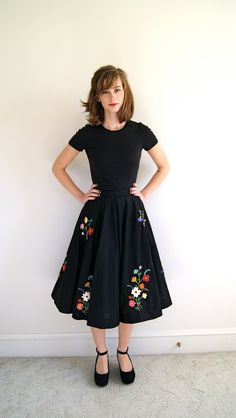 Cutie pie! Retro inspired tea length skirt with floral embroidery:: 50s fashion:: Pin Up Style