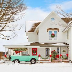 """1,452 Likes, 16 Comments - Country Living (@countrylivingmag) on Instagram: """"Hello, December! ❄️❣️ #CLscenery #holidays #dreamhouse (: @davidtsay, : @adventuresinabbyland)"""""""