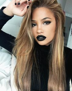 Chic Makeup Looks With Black Lipstick You Would Love To Try; Chic Makeup Looks; Black Makup Looks; Skin Makeup, Beauty Makeup, Hair Beauty, Beauty Style, Fashion Beauty, Makeup Black, Black Lipstick Makeup, Crazy Lipstick, Gold Lipstick
