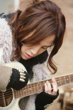 Jang Keun Suk ~~ Play a song for me Prince♥
