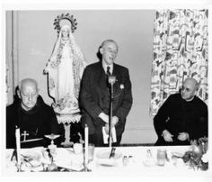 Frank Duff speaking at the luncheon, 1956 :: Marian Library Photograph Collection