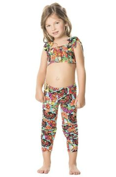 Agua Bendita's Peras Girl Pants are the perfect pair of leggings for your young fashionista! #kidstyle #designerkids #printedleggings