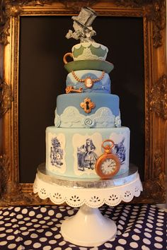 Sometimes I Make Cakes: The Alice Cake Featuring Artwork by John Tenniel