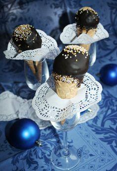 """Рожи с конфетой из печенья """"Орео"""""""