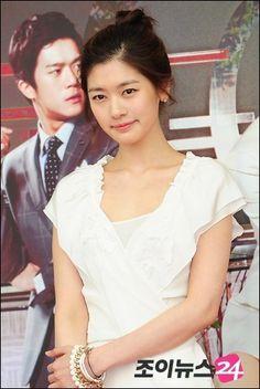 Itazura Na Kiss, Jung So Min, Baek Seung Jo, Korean Drama Series, Playful Kiss, Young Actresses, Marie, Moon, Actors