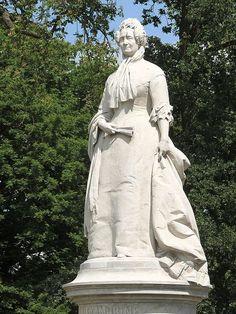 Schwerin Denkmal Großherzogin Alexandrine
