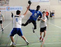L'evenement du mois Basketball Court, Hands, Running, Sports, Promotion, Handball, Hs Sports, Keep Running, Why I Run