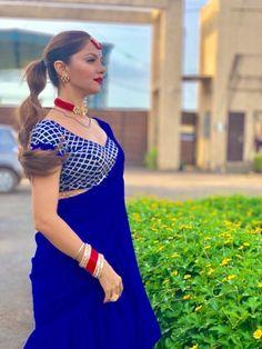 Stylish Sarees, Stylish Dresses, Beautiful Saree, Beautiful Dresses, Saree Wearing Styles, Girls Frock Design, Indian Wedding Wear, Silk Saree Blouse Designs, Frocks For Girls
