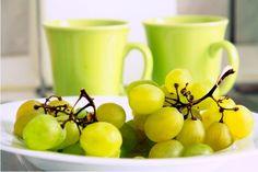 Grapes. fresh-fruit