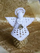 Crochet Angels - Csilla Csontos - Picasa Web Album More Mais Crochet Christmas Decorations, Christmas Angel Ornaments, Christmas Crochet Patterns, Crochet Ornaments, Christmas Crafts For Gifts, Crochet Snowflakes, Christmas Christmas, Crochet Angel Pattern, Crochet Angels
