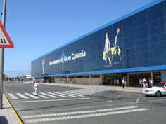 Gran Canaria Airport : 393 Words