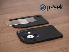 A credit card sized microscope that connects wirelessly to your smartphone - Discover the microcosm in all its facets wherever you are.