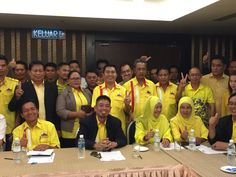 PPRS president Datu Mohd Arshad Abdul Mualap (seated, second left) said his party will co-operate with local Opposition pact, United Sabah Alliance (USA), to 'take Sabah back from outsider power'. ― Picture by Julia Chan