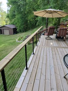 Buy the best commercial-grade cable deck / wire railing on the market at an affordable price. We sell high-quality deck posts, hand railings, and cable kits Horizontal Deck Railing, Wire Deck Railing, Deck Railing Systems, Deck Railing Design, Patio Deck Designs, Patio Design, Cable Railing, Deck Balustrade Ideas, Deck Railing Ideas Diy