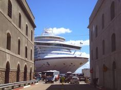 CRUCEROS EN URUGUAY: Crucero Ruby Princess en Puerto de Montevideo