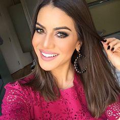 Camila Coelho usa brinco Círculo.   #elasusam #elasamam #priacessorios #prischiavinato #bijuteria #bijoux #acessórios   www.priacessorios.com.br