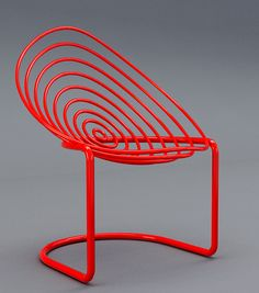 The Oval chair by Velichko Velikov...don't know how comfortable this would be but like the way it looks...