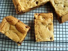 Thick and Chewy Chocolate Chip Cookie Bars