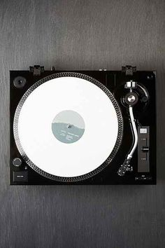 Music Hall USB-1 Vinyl Record Player - Urban Outfitters