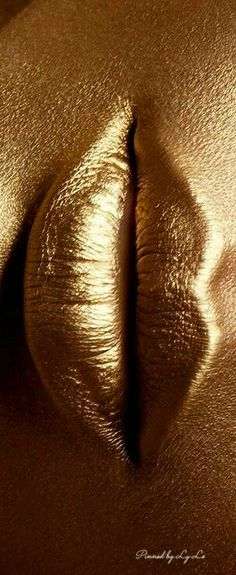 gold.quenalbertini: Golden