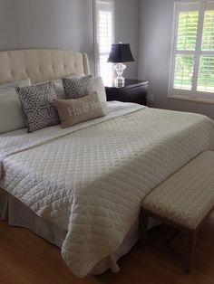 Comfy Neutral bedroom