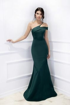 25 sexy one shoulder ball gowns mermaid green party dress 19 – InspireandIdeas Gala Dresses, Event Dresses, Pretty Dresses, Beautiful Dresses, Green Party Dress, Prom Outfits, Engagement Dresses, Classy Dress, Evening Gowns