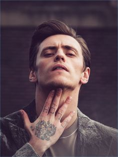 On the heels of a Vogue Ukraine story, ballet dancer Sergei Polunin is back in the spotlight. The Ukrainian dancer covers GQ Style Russia's fall-winter 2017 issue. Simon Emmett photographs Polunin for the occasion, offering a more laid-back approach to the magazine's editorial style. It's here that stylist Grace Gilfeather pulls together the latest fashions... [Read More]