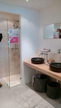 Idee badkamer indeling | b a t h r o o m | Pinterest