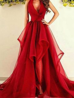 Shop Cheap Prom Dresses at Hebeos.co.uk. We carry the latest trends in Prom Dresses UK to show off that fun and flirty style of yours.