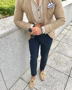 Mens Fashion Smart – The World of Mens Fashion Smart Casual Suit, Mens Casual Suits, Mens Fashion Wear, Suit Fashion, Clothes For Big Men, Gq Mens Style, Blazer Outfits Men, Designer Suits For Men, Herren Outfit